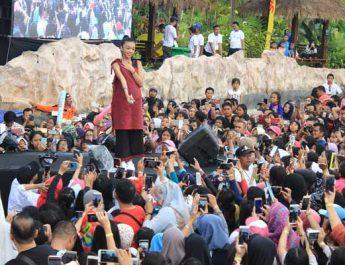 Konser Naura di Jogja Bay Waterpark