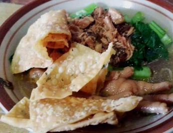 Njajal Mie Ayam Pak Waldi, Cocok Buat Penggemar Balungan