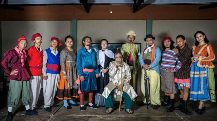 Para Pensiunan 2049 oleh Teater Gandrik